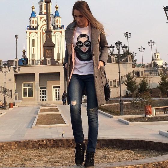 Sno Valeriia model. Photoshoot of model Sno Valeriia demonstrating Fashion Modeling.Fashion Modeling Photo #169931