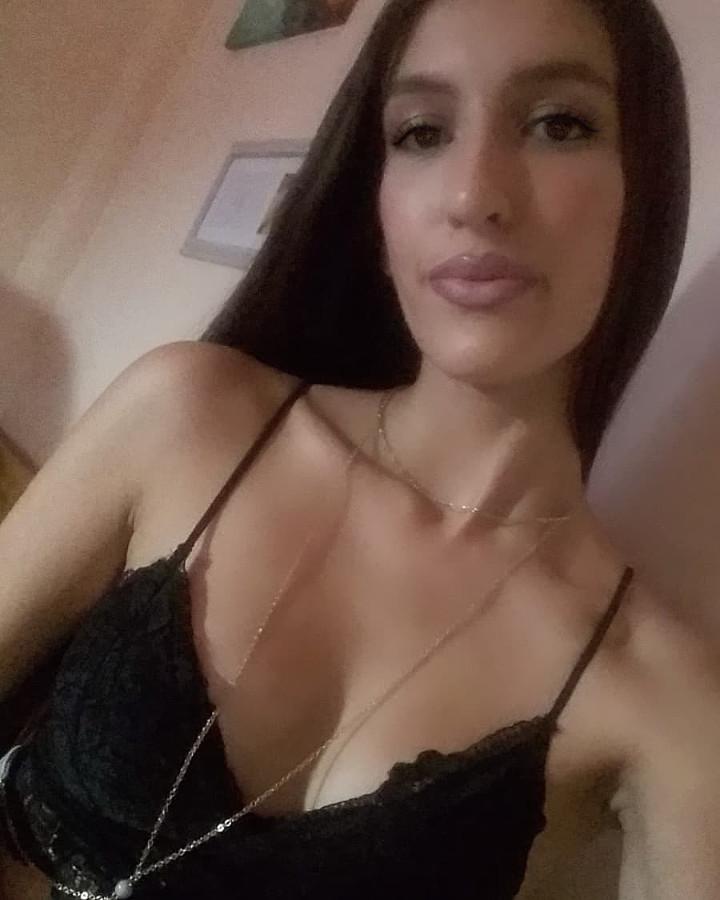 Sofia Manousaki model (Σοφία Μανουσάκη μοντέλο). Photoshoot of model Sofia Manousaki demonstrating Face Modeling.Face Modeling Photo #206803