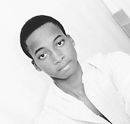 Solomon Kolakale model (modello). Photoshoot of model Solomon Kolakale demonstrating Face Modeling.Face Modeling Photo #187871