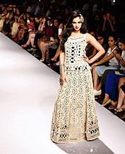 Sonal Chauhan model & actress. Photoshoot of model Sonal Chauhan demonstrating Runway Modeling.Runway Modeling Photo #123000