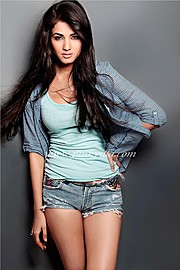 Sonal Chauhan model & actress. Photoshoot of model Sonal Chauhan demonstrating Fashion Modeling.Fashion Modeling Photo #123005