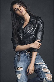 Sonal Chauhan model & actress. Photoshoot of model Sonal Chauhan demonstrating Fashion Modeling.Fashion Modeling Photo #185150