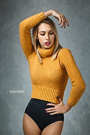Sonia Costantini model (modella). Photoshoot of model Sonia Costantini demonstrating Fashion Modeling.Fashion Modeling Photo #186151