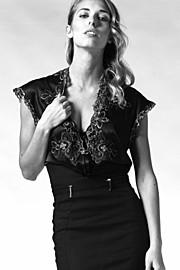 Sonia Costantini model (modella). Photoshoot of model Sonia Costantini demonstrating Fashion Modeling.Fashion Modeling Photo #186152