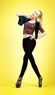 Sonia Gleis model (modèle). Photoshoot of model Sonia Gleis demonstrating Fashion Modeling.Fashion Modeling Photo #160183