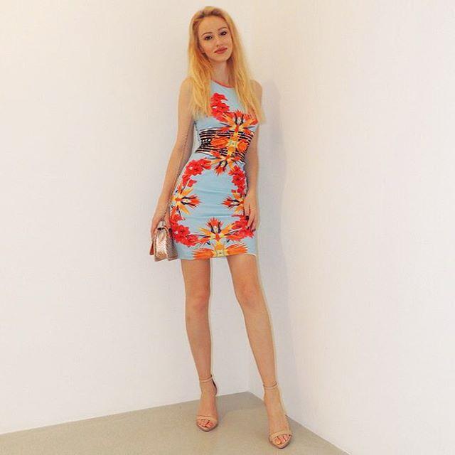 Sonia Gleis model (modèle). Photoshoot of model Sonia Gleis demonstrating Fashion Modeling.Fashion Modeling Photo #160200