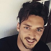 Spiros Giannakakis model (μοντέλο). Photoshoot of model Spiros Giannakakis demonstrating Face Modeling.Face Modeling Photo #176289