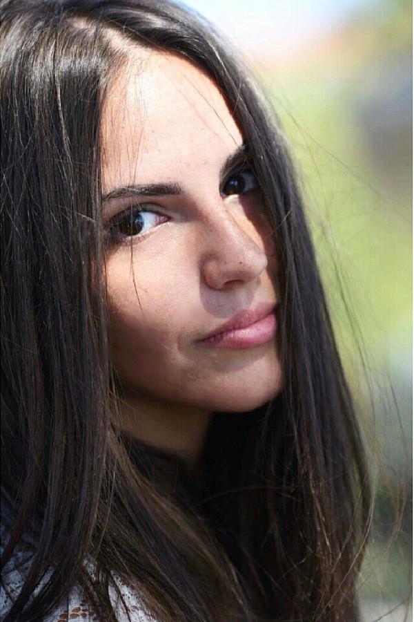 Spyridoula Valasiadou model (μοντέλο). Photoshoot of model Spyridoula Valasiadou demonstrating Face Modeling.Face Modeling Photo #220828