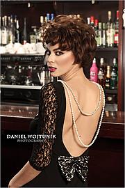 Daniel Wojtunik photographer (φωτογράφος), Stamatia Zdrali model & photographer (modella & fotografa). Photoshoot of model Stamatia Zdrali demonstrating Face Modeling.MUA: Tina Kokkota Hairstyling: Cheveux Assistant hairstylist: Gogo Sarri Styling: