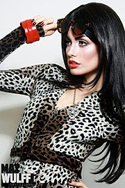 Steph Rai model & actress. Photoshoot of model Steph Rai demonstrating Face Modeling.Face Modeling Photo #109657