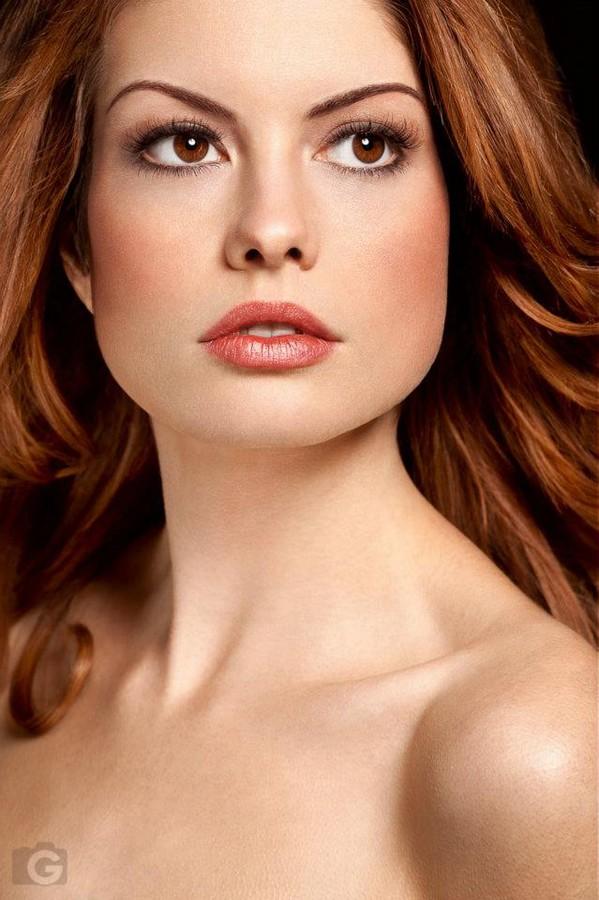 Steph Rai Model & Actress