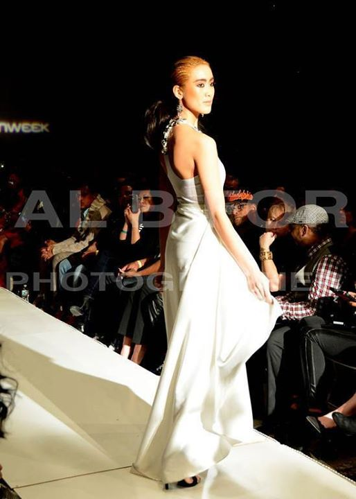 Stephanie Pham model actress. Photoshoot of model Stephanie Pham demonstrating Runway Modeling.Runway Modeling Photo #71361