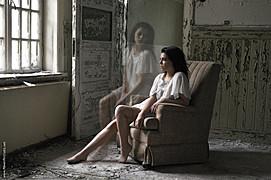 Stina Bakken model (modell). Photoshoot of model Stina Bakken demonstrating Editorial Modeling.Editorial Modeling Photo #93003