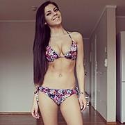 Stina Bakken model (modell). Photoshoot of model Stina Bakken demonstrating Body Modeling.Body Modeling Photo #93026