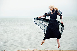 Suki Sachs model. Photoshoot of model Suki Sachs demonstrating Fashion Modeling.Fashion Modeling Photo #105090