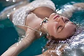 Suki Sachs model. Photoshoot of model Suki Sachs demonstrating Face Modeling.Kirstin AnneFace Modeling Photo #105094