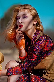 Suki Sachs model. Photoshoot of model Suki Sachs demonstrating Face Modeling.Face Modeling Photo #105108