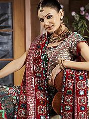 Supreet Tuteja henna & bridal makeup. makeup by makeup artist Supreet Tuteja. Photo #94987