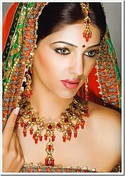 Supreet Tuteja henna & bridal makeup. makeup by makeup artist Supreet Tuteja. Photo #94996