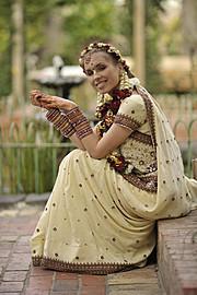 Supreet Tuteja henna & bridal makeup. makeup by makeup artist Supreet Tuteja. Photo #95004