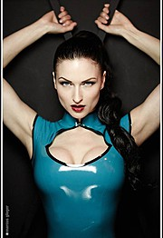 Susanna Andersen model. Photoshoot of model Susanna Andersen demonstrating Face Modeling.Face Modeling Photo #98484