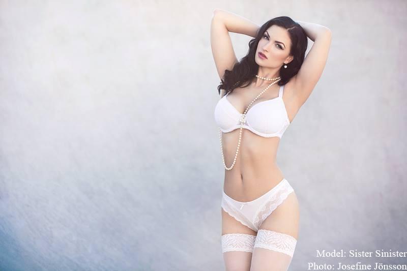 Susanna Andersen model. Photoshoot of model Susanna Andersen demonstrating Body Modeling.Body Modeling Photo #98495