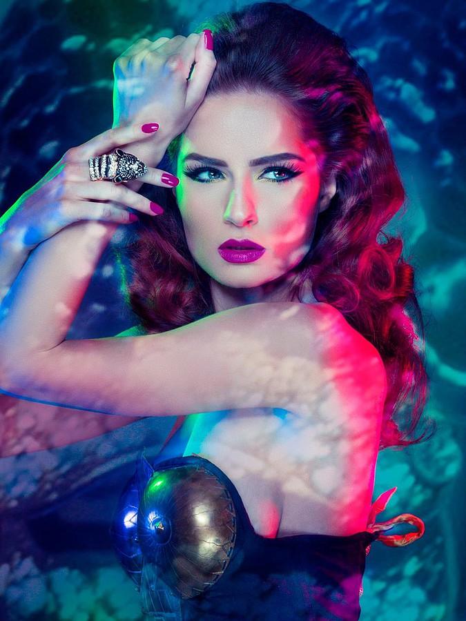 Suzana Hallili makeup artist. makeup by makeup artist Suzana Hallili. Photo #47091