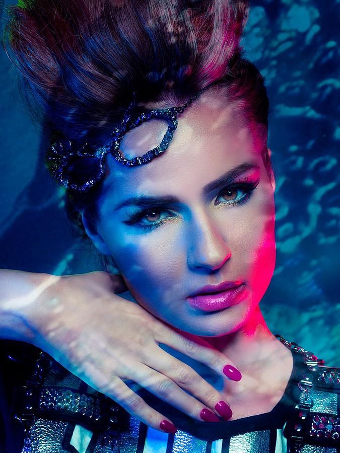 Suzana Hallili makeup artist. makeup by makeup artist Suzana Hallili. Photo #47092
