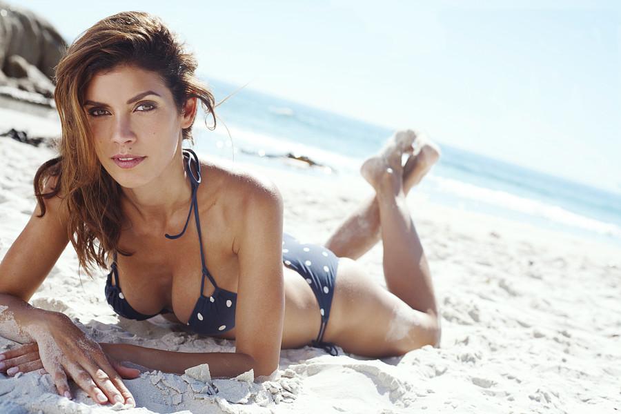 Suzana Nikolova model (модел). Photoshoot of model Suzana Nikolova demonstrating Body Modeling.Body Modeling Photo #209708