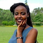 Tabitha Muthari is a model based in Nairobi. She has a Bachelor of Commerce (B.Com.), Finance from University of Nairobi. As a model she has
