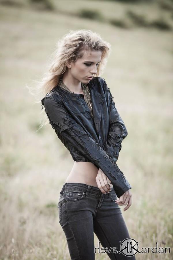 Tara Grace Elizabeth Model
