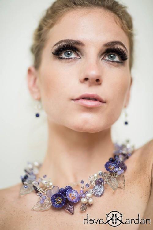 Tara Grace Elizabeth model. Photoshoot of model Tara Grace Elizabeth demonstrating Face Modeling.Face Modeling Photo #117876