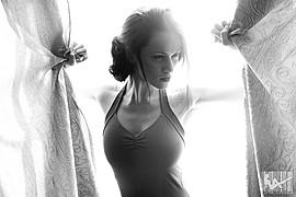 Taya Savina model (модель). Photoshoot of model Taya Savina demonstrating Face Modeling.Face Modeling Photo #69059