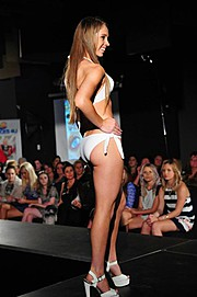 Teagan Jade model. Photoshoot of model Teagan Jade demonstrating Runway Modeling.Runway Modeling Photo #100984