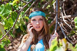Teagan Jade model. Photoshoot of model Teagan Jade demonstrating Face Modeling.Face Modeling Photo #101002