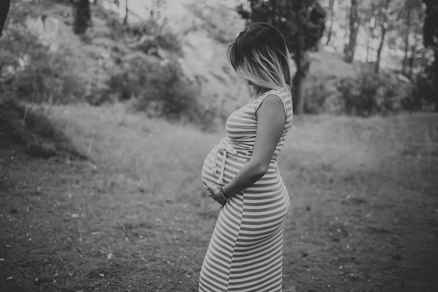 Teo Frantzanas photographer (φωτογράφος). Work by photographer Teo Frantzanas demonstrating Maternity Photography.Maternity Photography Photo #179151