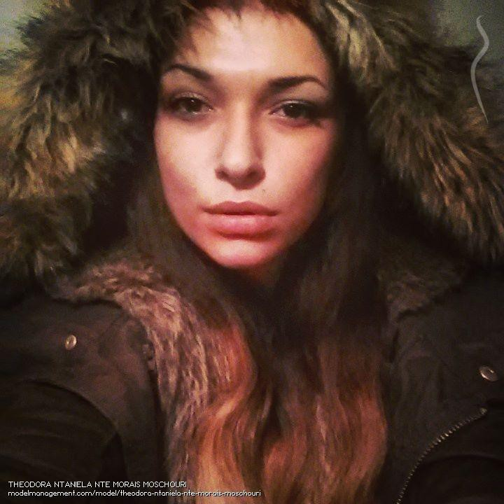 Theodora Moschouri model (μοντέλο). Photoshoot of model Theodora Moschouri demonstrating Face Modeling.Face Modeling Photo #144939