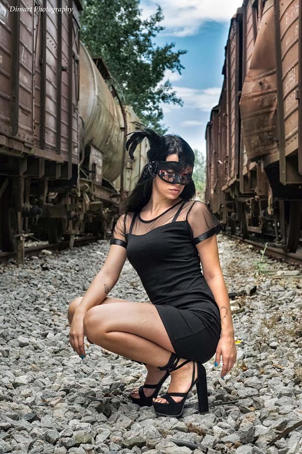 Thewna Stolichnaya model (μοντέλο). Photoshoot of model Thewna Stolichnaya demonstrating Fashion Modeling.Fashion Modeling Photo #199043