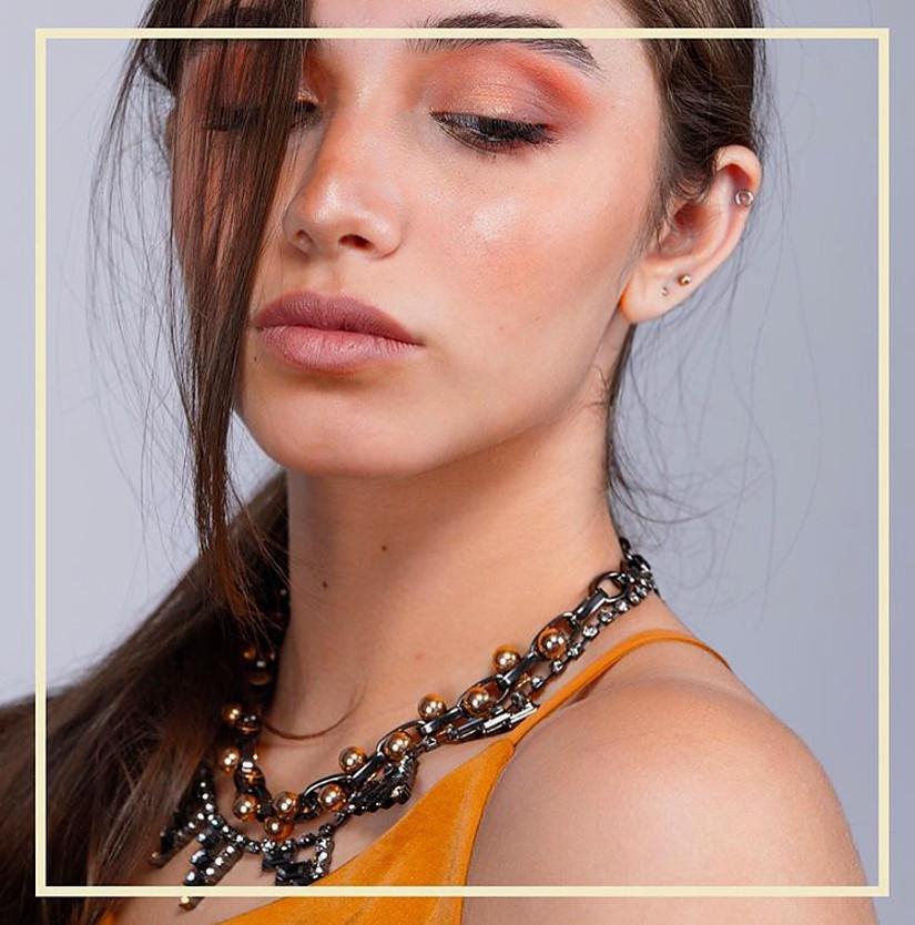 Thowyba Elboraay model. Photoshoot of model Thowyba Elboraay demonstrating Face Modeling.Face Modeling Photo #202555
