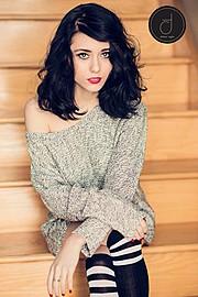 Tia Naccarato model & makeup artist. Photoshoot of model Tia Naccarato demonstrating Face Modeling.Face Modeling Photo #111742