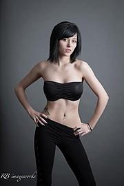 Tia Naccarato model & makeup artist. Photoshoot of model Tia Naccarato demonstrating Fashion Modeling.Fashion Modeling Photo #85043