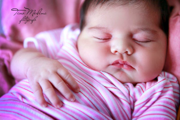 Tino Medina photographer. Work by photographer Tino Medina demonstrating Baby Photography.Baby Photography Photo #76322