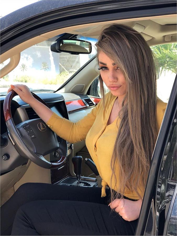 Tiya Alkerdi model. Photoshoot of model Tiya Alkerdi demonstrating Commercial Modeling.Commercial Modeling Photo #201550