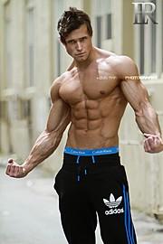 Tomas Klic (Tomáš Klíč) fitness model. Photoshoot of model Tomas Klic demonstrating Body Modeling.Body Modeling Photo #92701