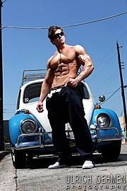 Tomas Klic (Tomáš Klíč) fitness model. Photoshoot of model Tomas Klic demonstrating Body Modeling.Body Modeling Photo #92702