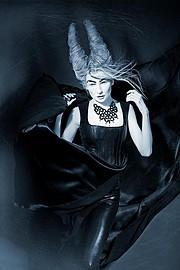 Tomas Skaringa photographer. photography by photographer Tomas Skaringa.Necklace,Airbrush Photo #48615