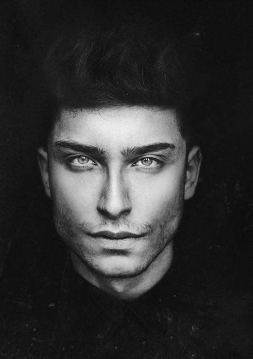 Toni Mahfud model & artist. Photoshoot of model Toni Mahfud demonstrating Face Modeling.Face Modeling Photo #123392