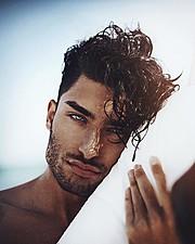 Toni Mahfud model & artist. Photoshoot of model Toni Mahfud demonstrating Face Modeling.Face Modeling Photo #172847