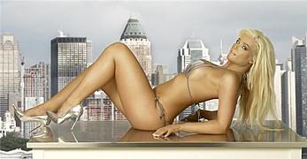 Tove Lill model (modell). Photoshoot of model Tove Lill demonstrating Body Modeling.Body Modeling Photo #80684