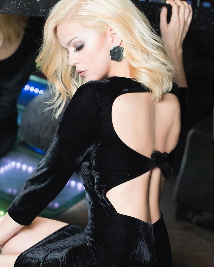 Traiana Anania model & actress. Photoshoot of model Traiana Anania demonstrating Fashion Modeling.Fashion Modeling Photo #177821